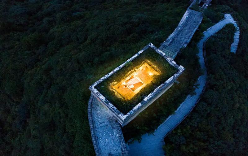 8 1 - Номер люкс в большой китайской стене