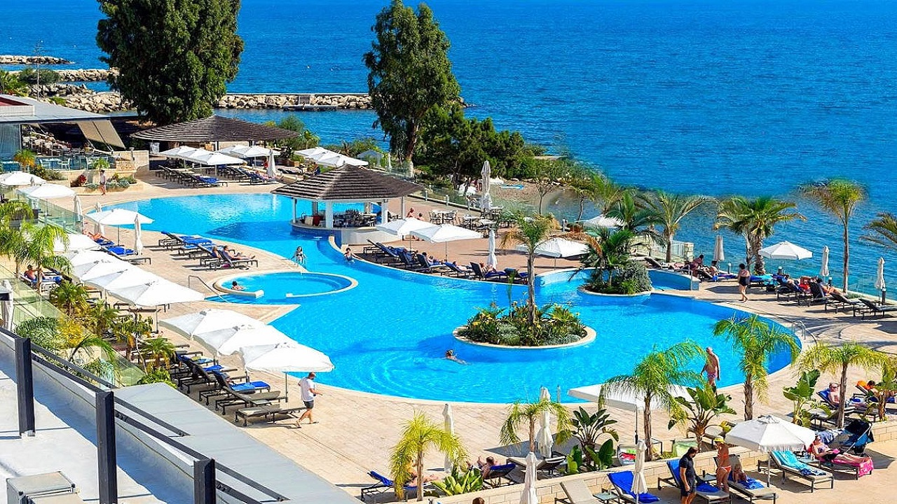 The Royal Apollonia Beach Limassol 03 - Кіпр
