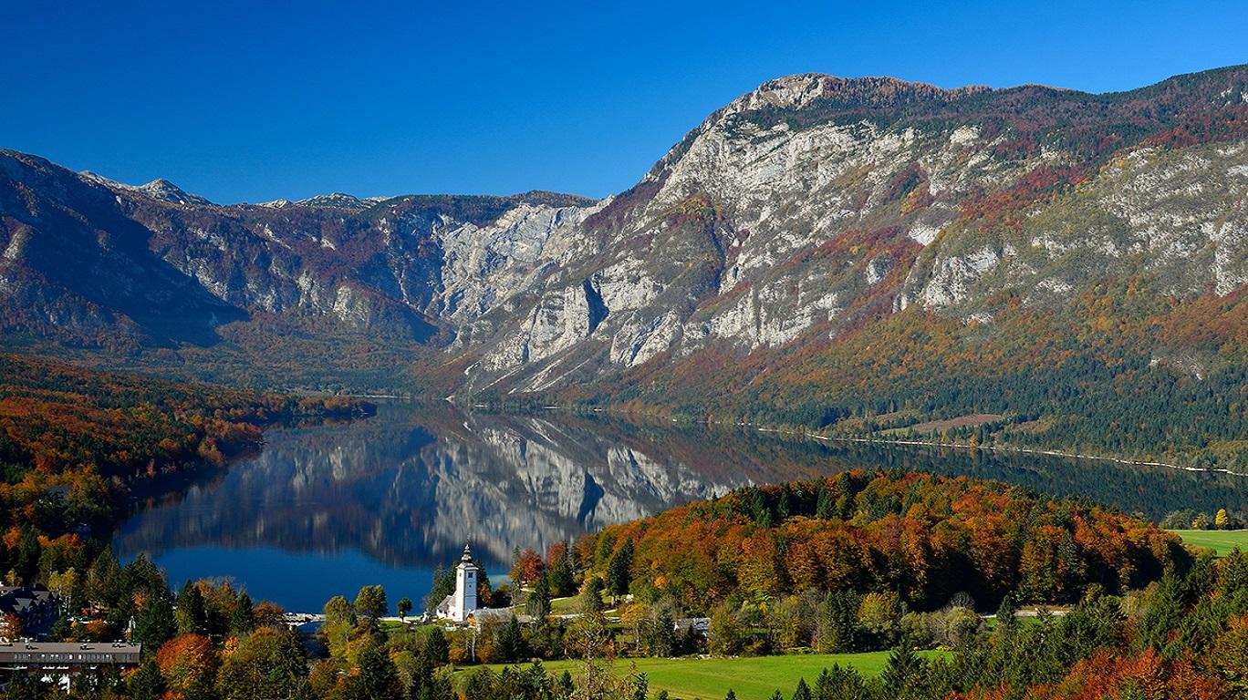 Bohinj-and-Julian-Alps-in-Slovenia