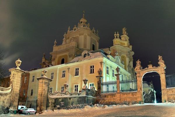 15730549875dc2ea0b9b429 - Новогодняя сказка: Львов Карпаты и не только