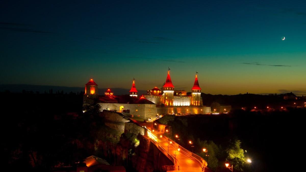 15996439035f58a0ff60212 - Фестиваль повітряних куль в Кам'янці-Подільському