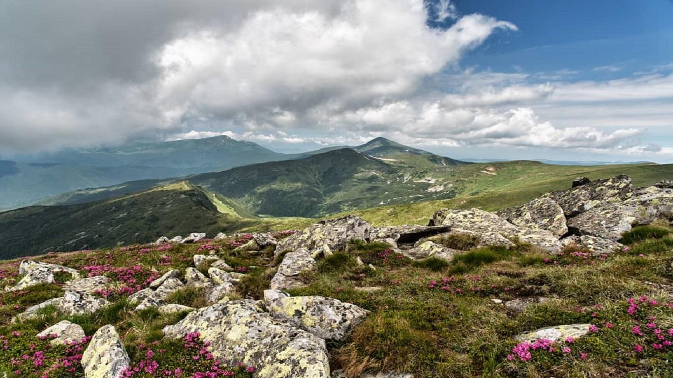 панорама-чорногірського-хребта